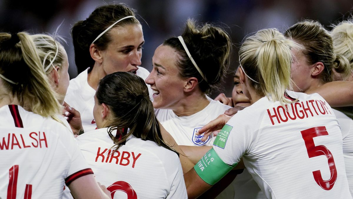 Lucy Bronze of England Women celebrates 0-3 with Keira Walsh of England Women, Fran Kirby of England Women, Steph Houghton of England Women during the World Cup Women match between Norway v England at the Stade Oceane on June 27, 2019 in Le Havre France