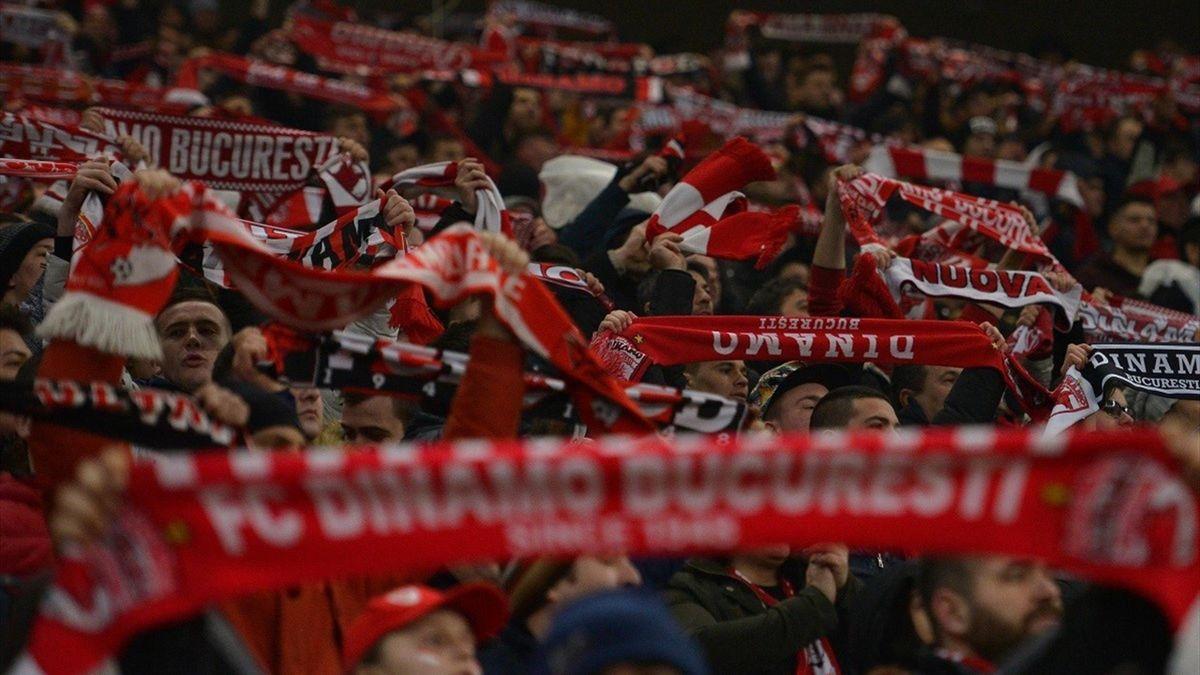 Suporterii lui Dinamo