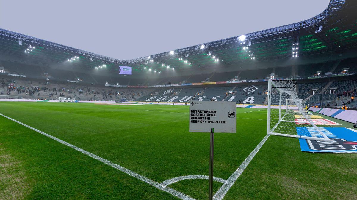 Borussia Mönchengladbach - 1 FC Köln