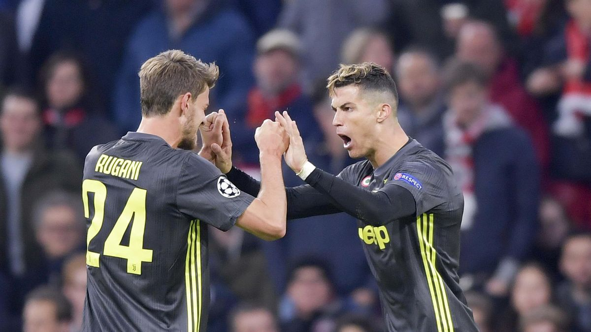 Daniele Rugani esulta insieme a Cristiano Ronaldo, Getty Images