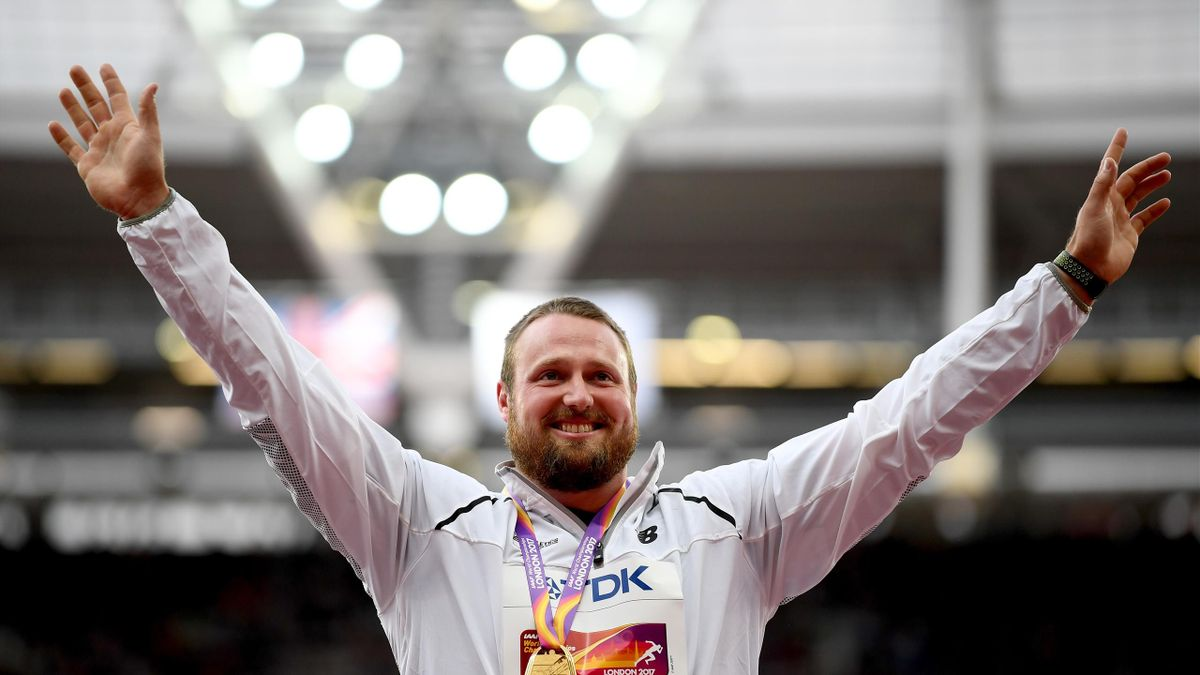 Tomas Walsh of New Zealand, gold, poses with his medal for the Men's Shot Put during day four of the 16th IAAF World Athletics Championships London 2017 at The London Stadium on August 7, 2017 in London, United Kingdom.