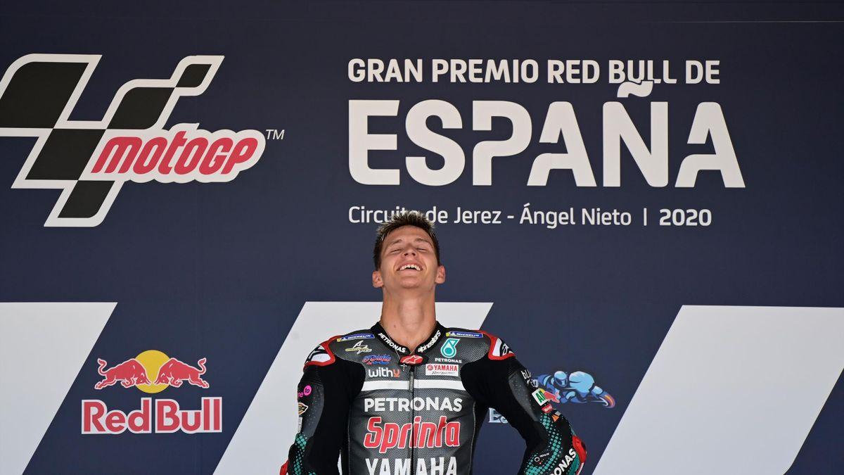 La joie et l'émotion de Fabio Quartararo, vainqueur du Grand Prix d'Espagne, son premier en MotoGP, le 19 juillet 2020.