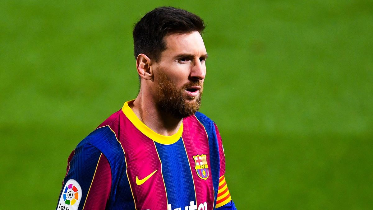 Lionel Messi Agrees New Barcelona Deal And Pay Cut To Help With La Liga Salary Cap Concerns Reports Eurosport