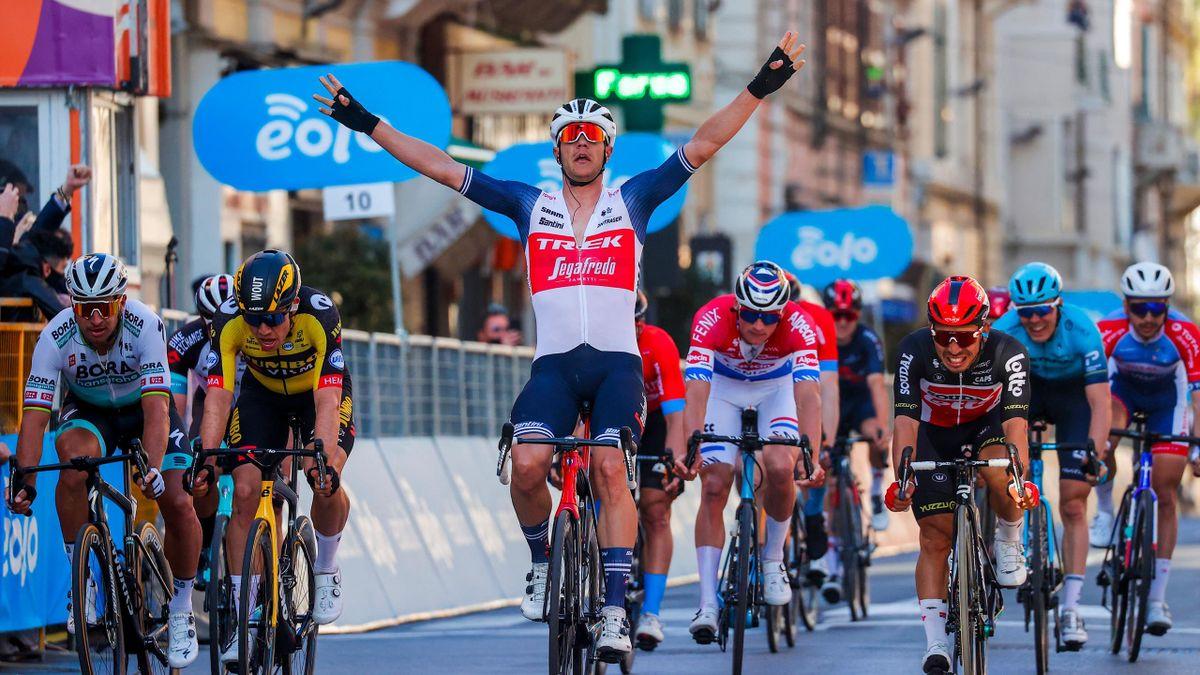Jasper Stuyven vainqueur de Milan-Sanremo 2021
