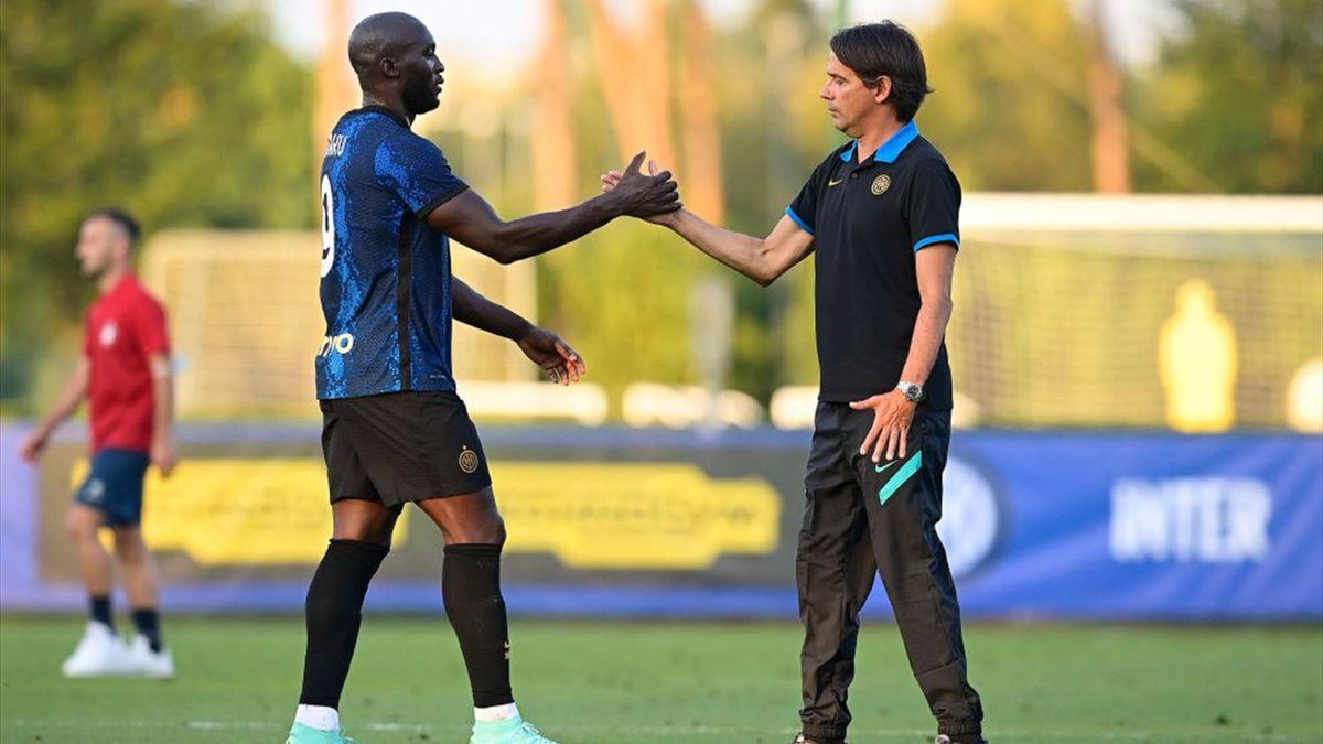 Simone Inzaghi e Romelu Lukaku durante l'amichevole Inter-Crotone 2021