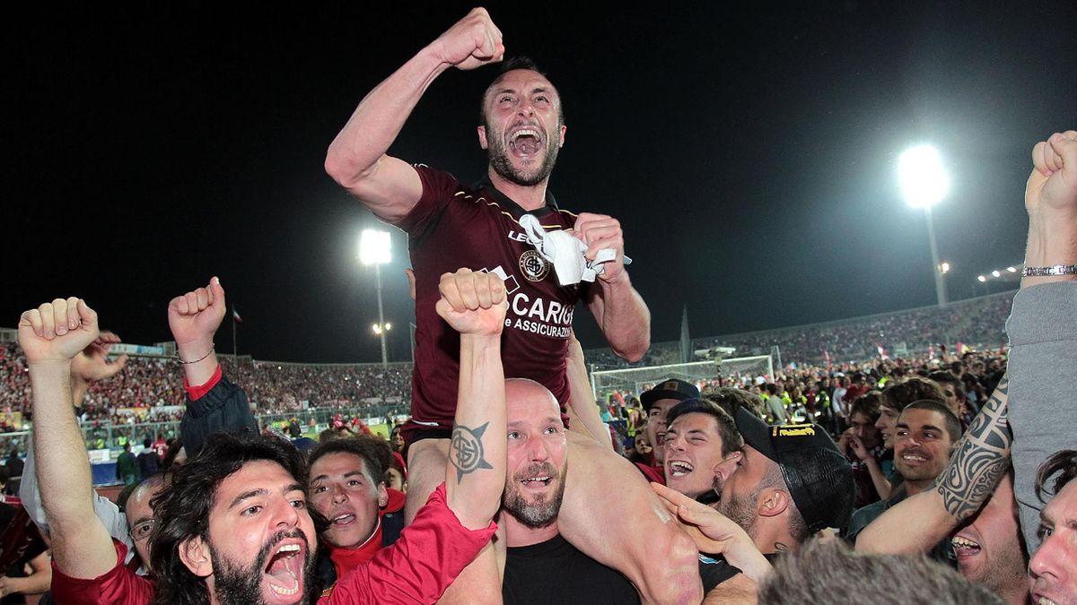Livorno calcio esulta per la promozione in Serie A