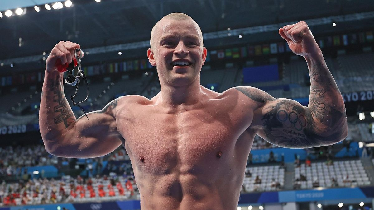 'The greatest!' - Peaty powers to 100m breaststroke gold