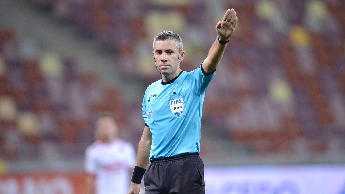 Radu Petrescu, arbitrul central al meciului FCSB - Dinamo 3-2