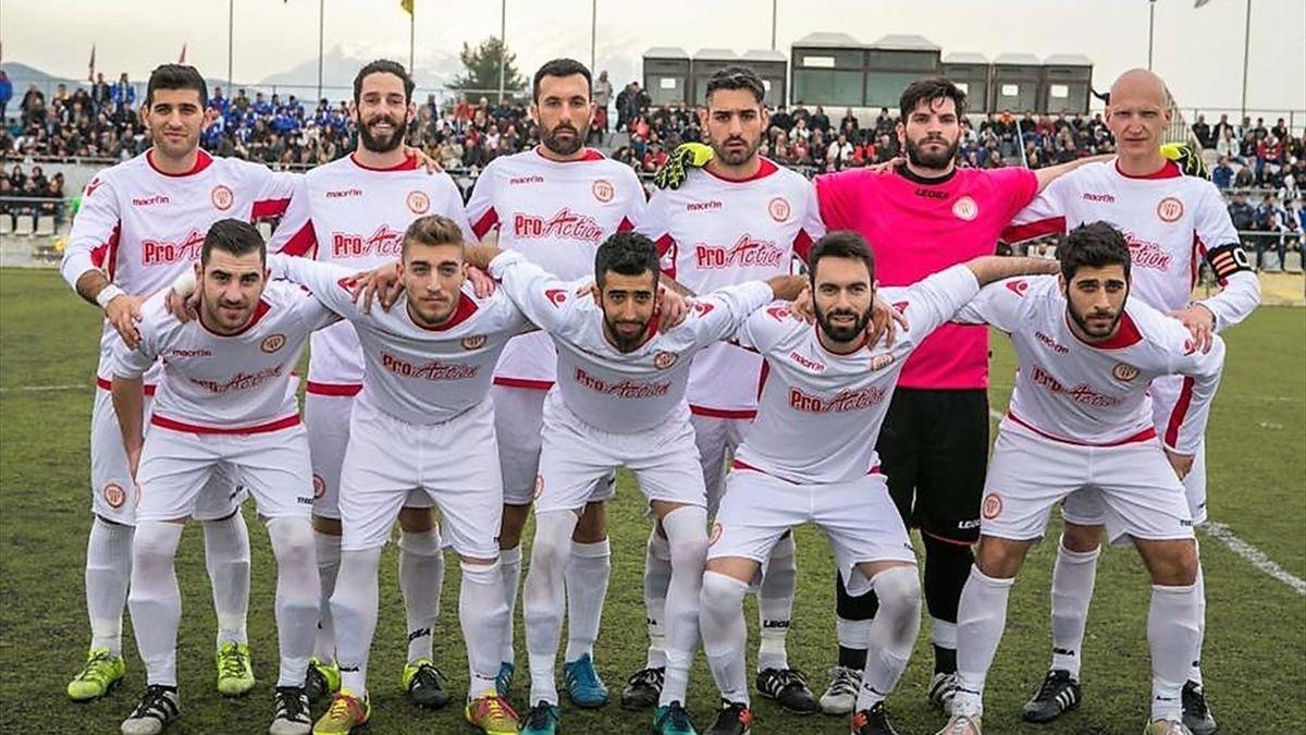 Grecia, una formazione dell'Amvrysseas Distomo per la stagione 2016-2017