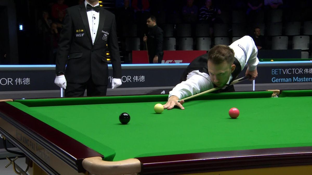 German masters : Round 1 : Trump's White ball is flying