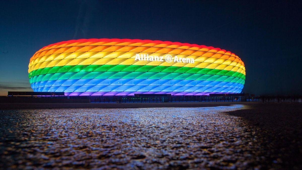 Allianz Arena in rainbow