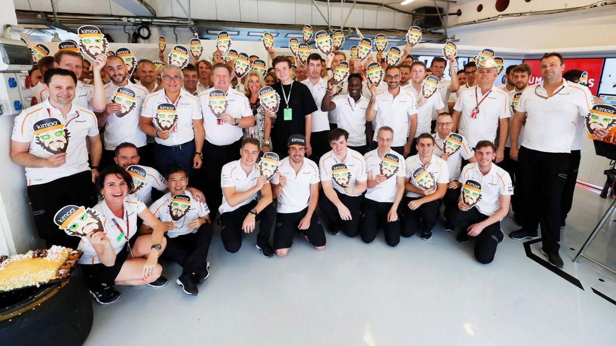 Celebración de Alonso y McLaren