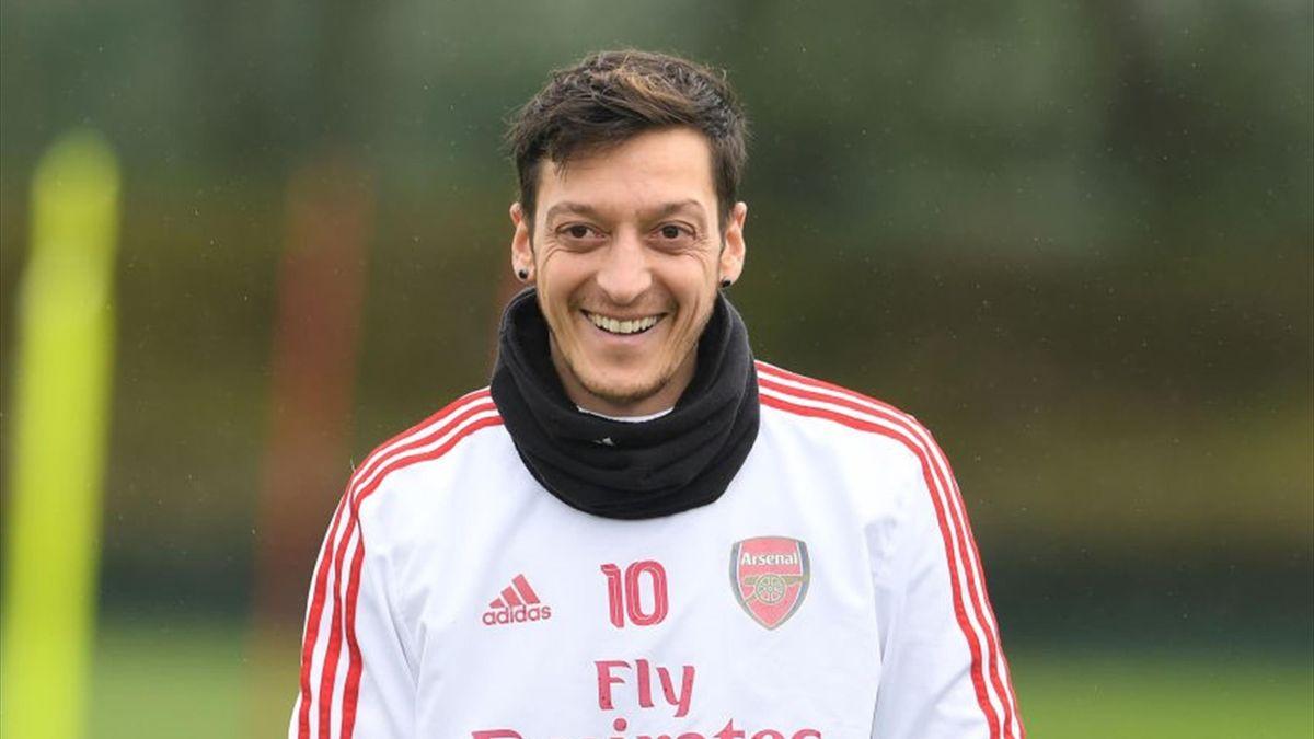Mesut Ozil, mijlocașul lui Arsenal