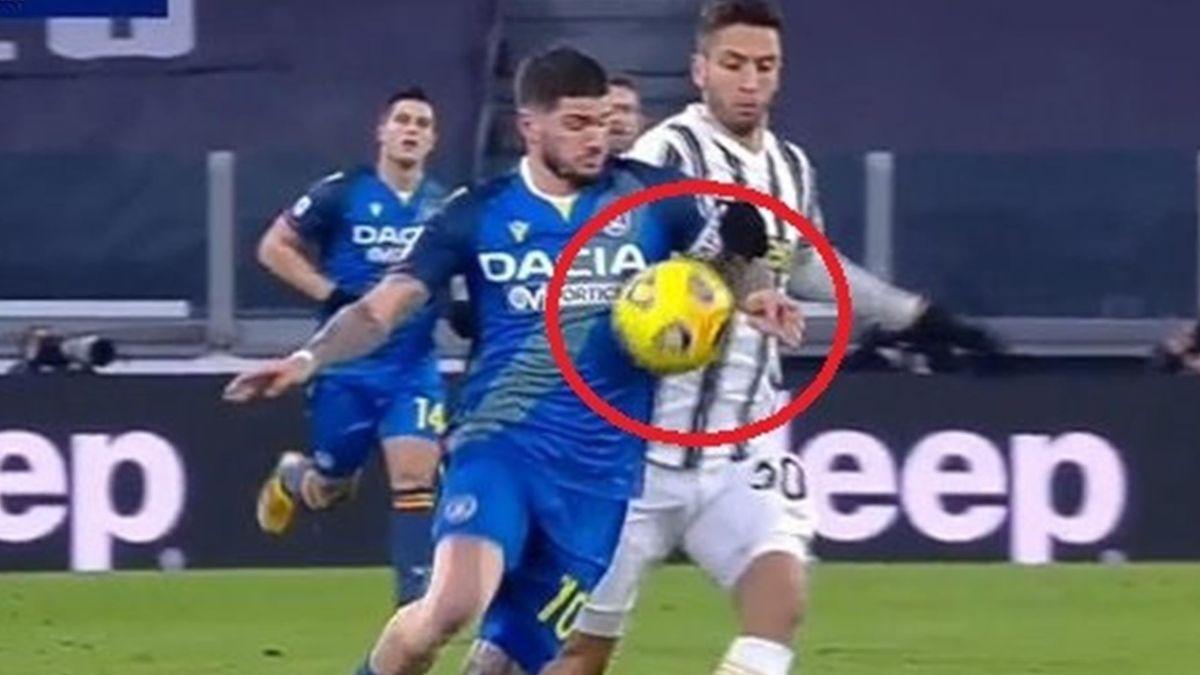 Il tocco di mano di De Paul, Juventus-Udinese, Serie A 2020-21, twitter