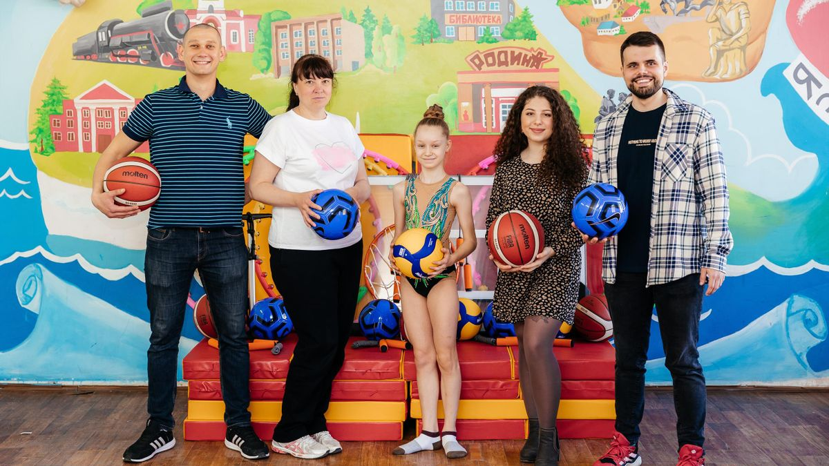 Благотворительная программа «Доступный спорт с детства» порадовала школьников Энгельса