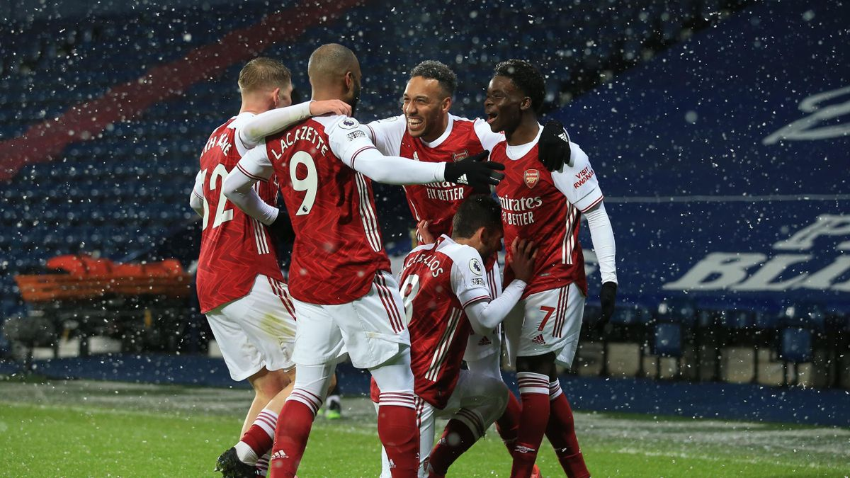 Bukayo Saka of Arsenal celebrates scoring their 2nd goal with Emile Smith Rowe, Alexandre Lacazette, Pierre-Emerick Aubameyang and Dani Ceballos during the Premier League match between West Bromwich Albion and Arsenal at The Hawthorns