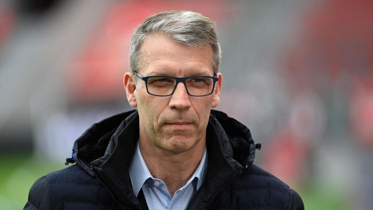 Peter Knäbel, Schalke-Sportvorstand