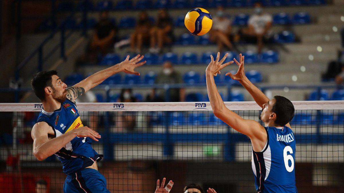 Simone Anzani e Simone Giannelli in una combinazione veloce al centro