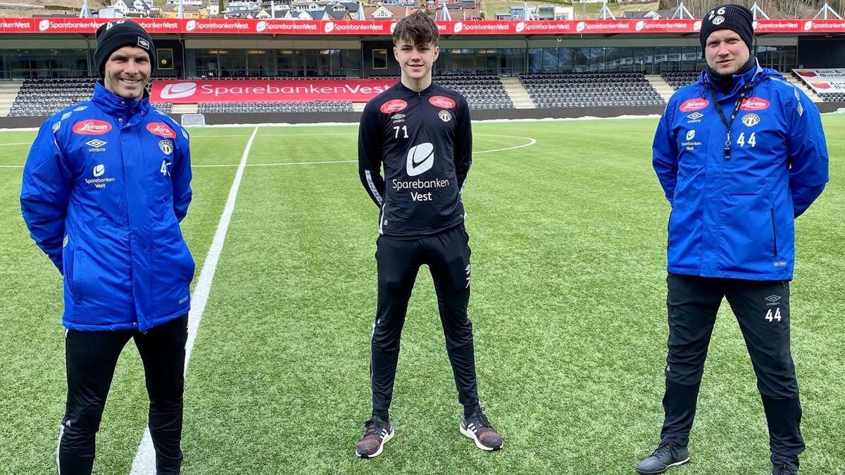 Bolli, Bøe og Johan