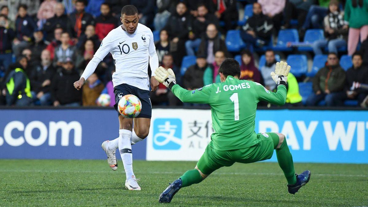 Il gol di Kylian Mbappé in Andorra-Francia - Qualificazioni Europei 2020