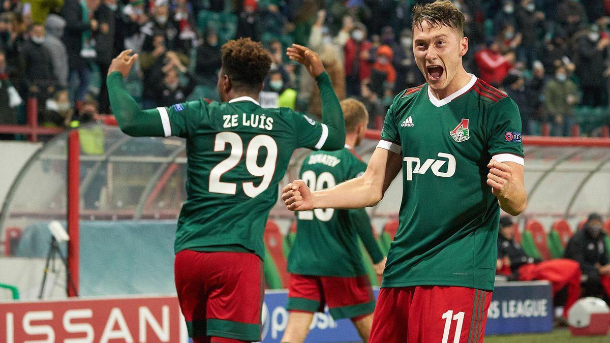 Антон Миранчук празднует гол в ворота «Баварии»