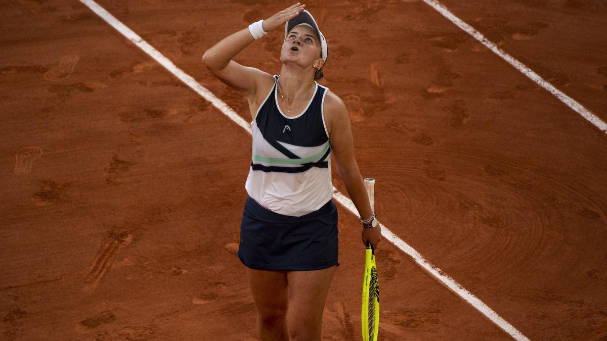 Barbora Krejcikova steht in der Einzel- und Doppelkategorie im Finale der French Open