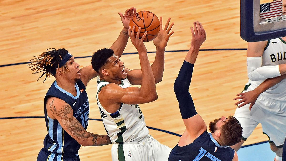 Antetokounmpo calienta el All Star con un casi triple-doble