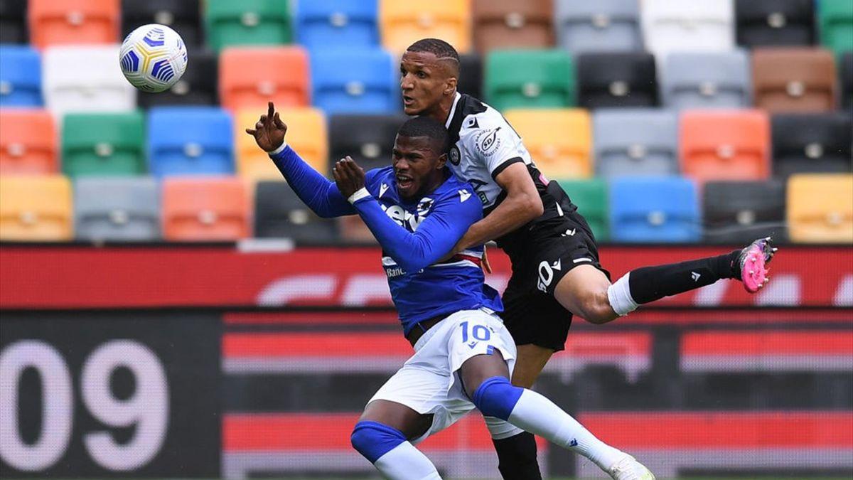 Un duello tra Keita Balde e Rodrigo Becao - Udinese-Sampdoria Serie A 2020-21