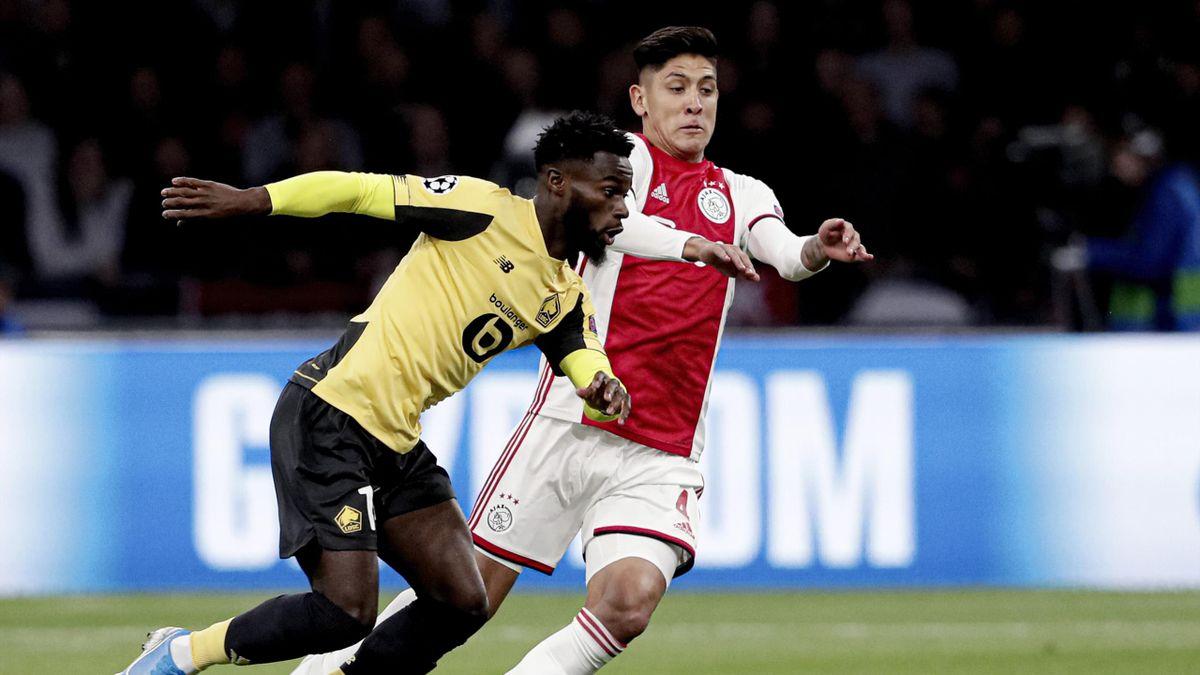 Victor Osimhen, într-o dispută cu Ajax Amsterdam
