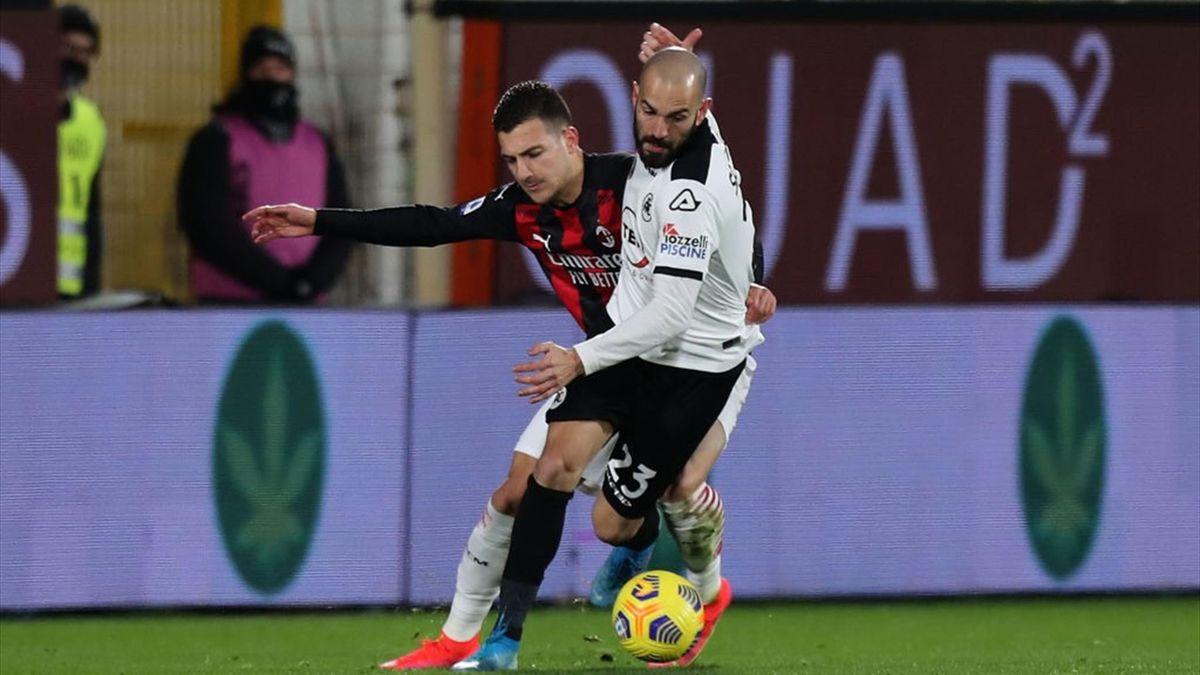 Dalot, Saponara - Spezia-Milan - Serie A 2020/2021 - Getty Images