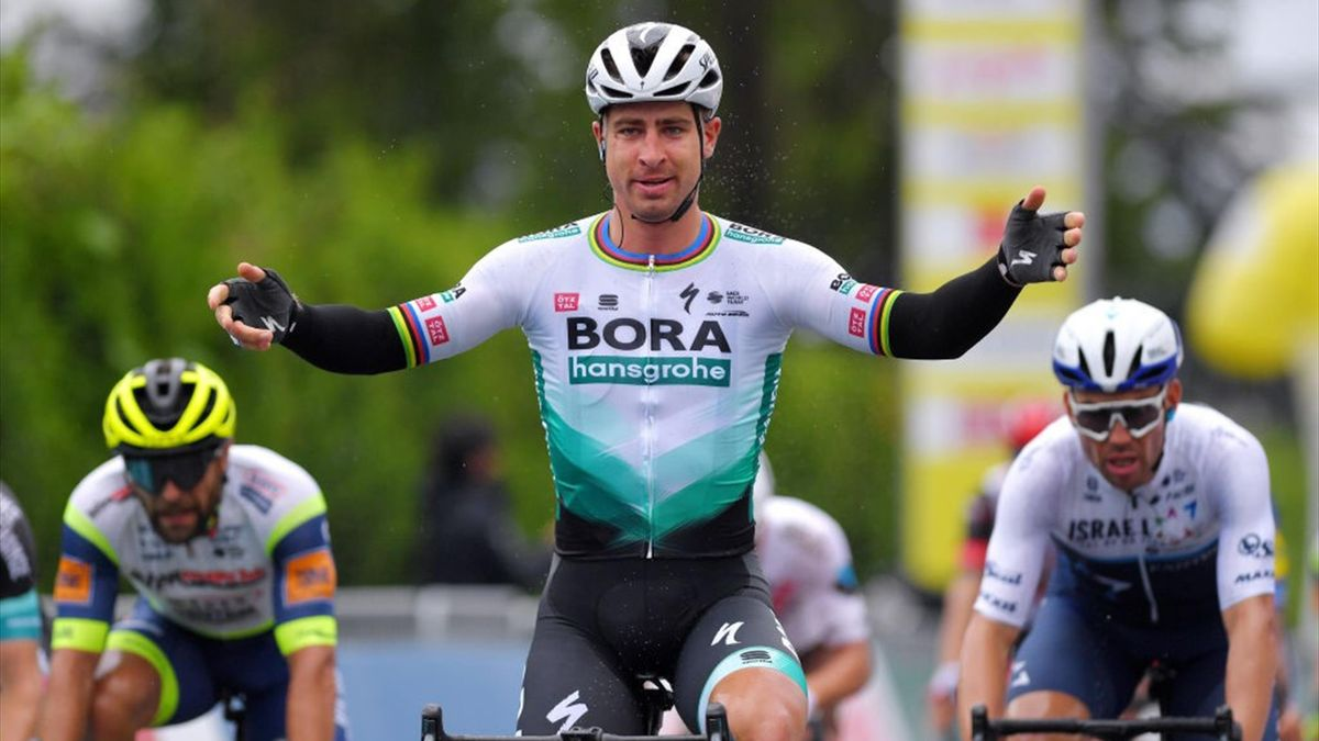 Sagan festeggia sul traguardo di Martigny al Tour de Romandie 2021 - Getty Images