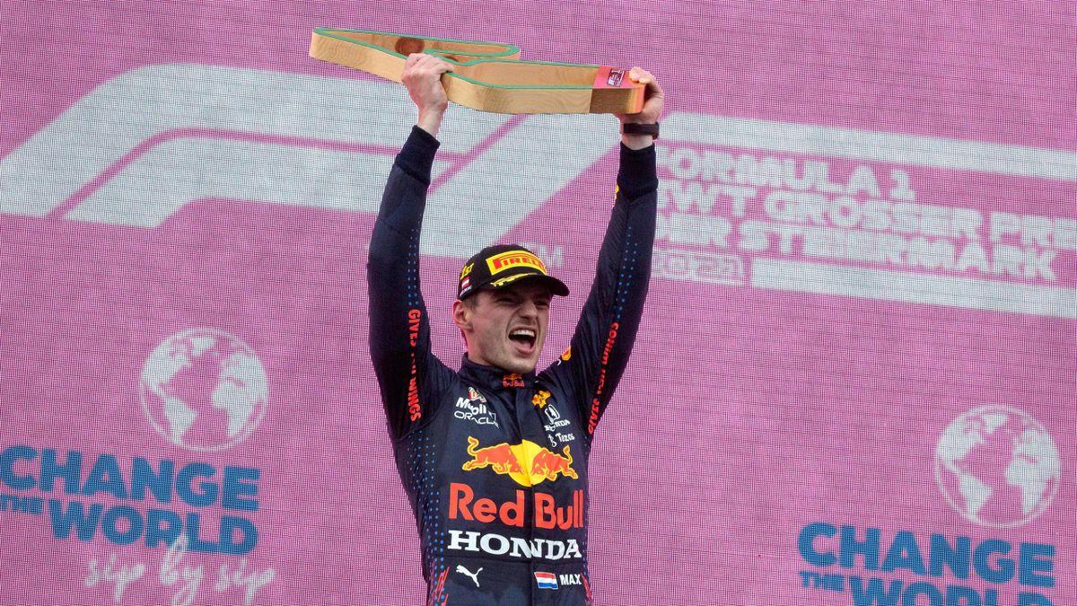 Max Verstappen (Red Bull) feiert seinen Sieg beim Großen Preis der Steiermark in Spielberg