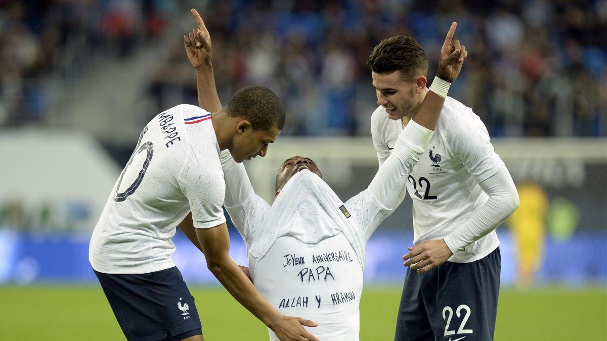 Paul Pogba, Kylian Mbappé et Lucas Hernandez (France) lors de la victoire en Russie