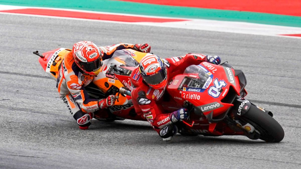 Andrea Dovizioso (Ducati Team) devant Marc Marquez (Honda HRC) au Grand Prix d'Autriche 2019
