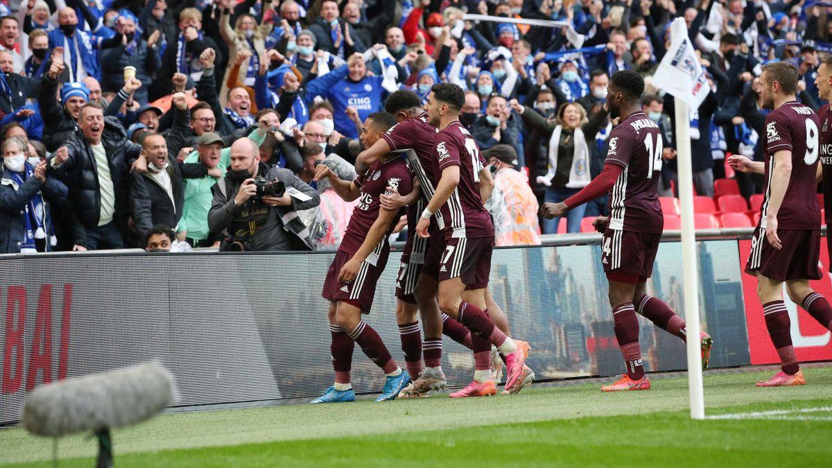 Youri Tielemans jubelt - FC Chelsea vs. Leicester City