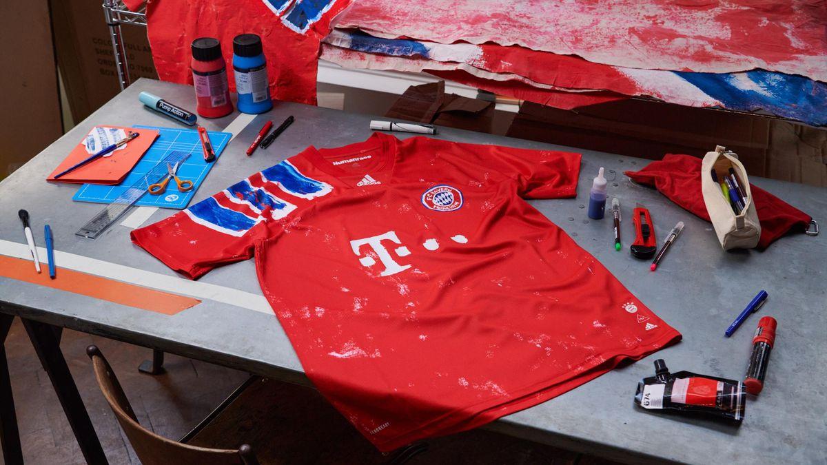 Das von Pharrell Williams designte neue Trikot des FC Bayern München (Quelle: Adidas)
