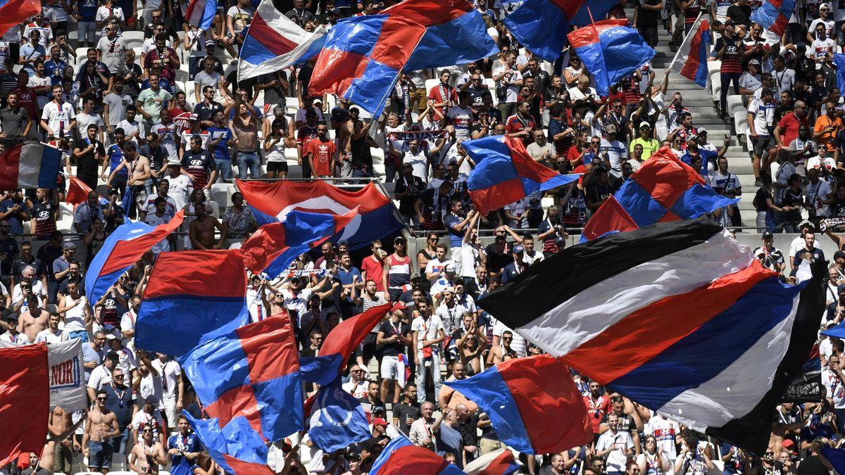 Les supporters de l'OL lors du match entre Lyon et Amiens en Ligue 1
