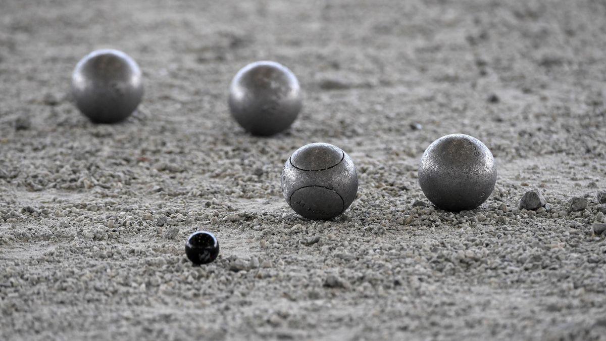 Des boules de pétanque