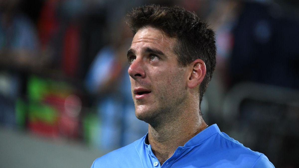 Juan Martin Del Potro en larmes après sa victoire contre Novak Djokovic