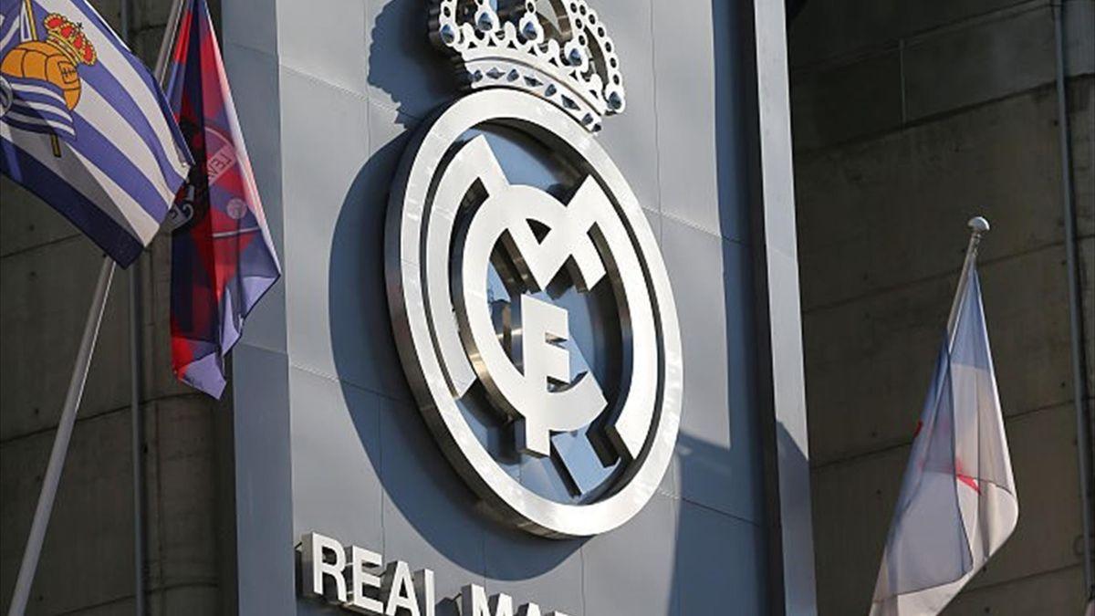 Real Madrid l-a transferat pe Pau Ferrer