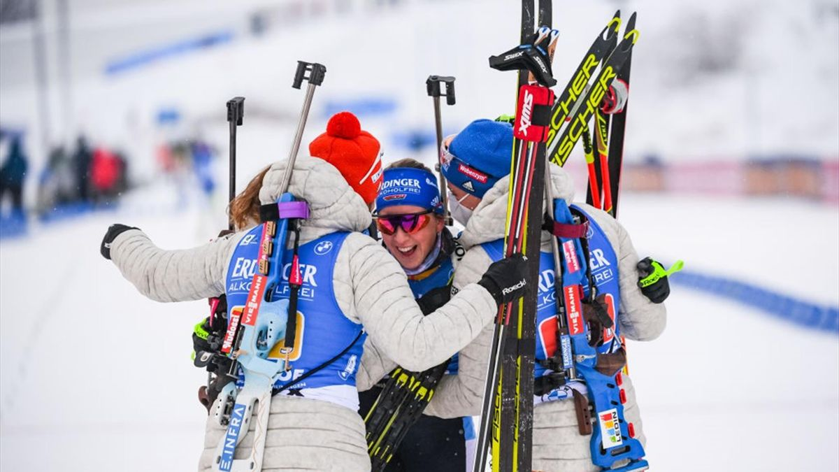Die deutsche Damen-Staffel jubelt in Oberhof
