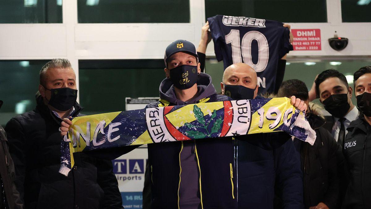 Mesut Özil soll bei Fenerbahce Istanbul demnächst einen Vertrag unterschreiben