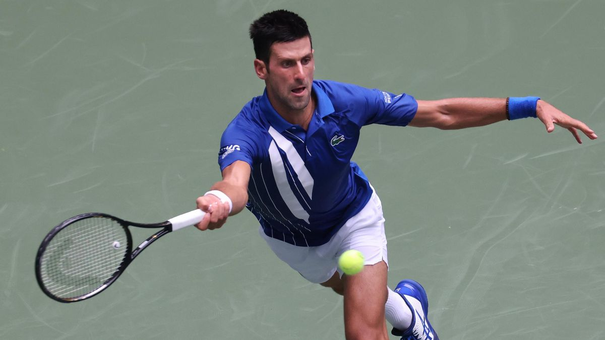 Novak Djokovic in action against Kyle Edmund