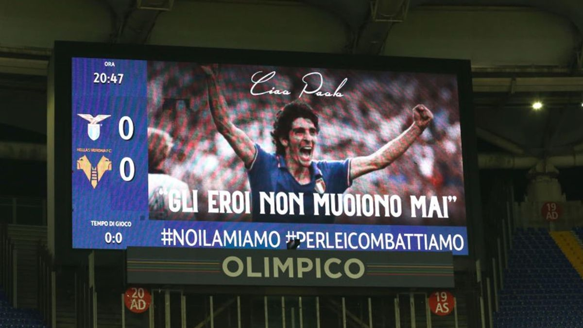 Il saluto per Paolo Rossi - Lazio-Hellas Verona - Serie A 2020/2021 - Getty Images