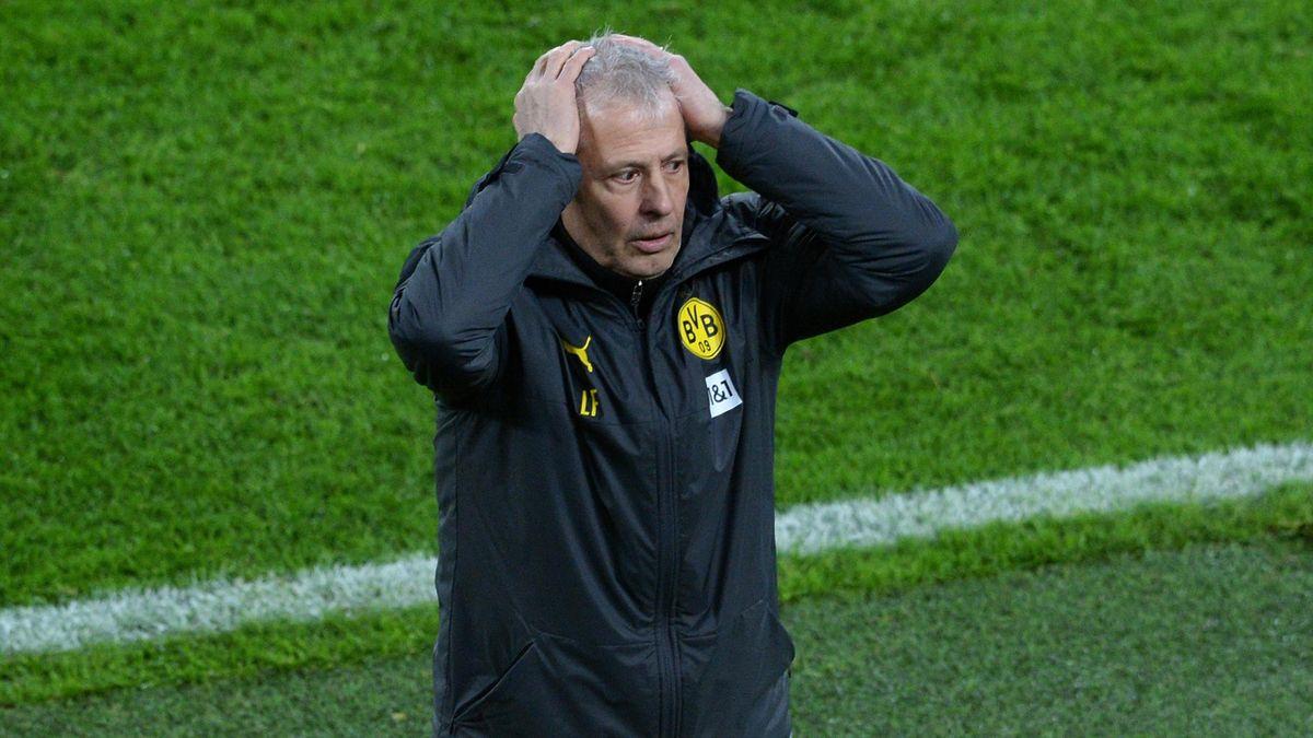 BVB-Trainer Lucien Favre kann es nicht fassen