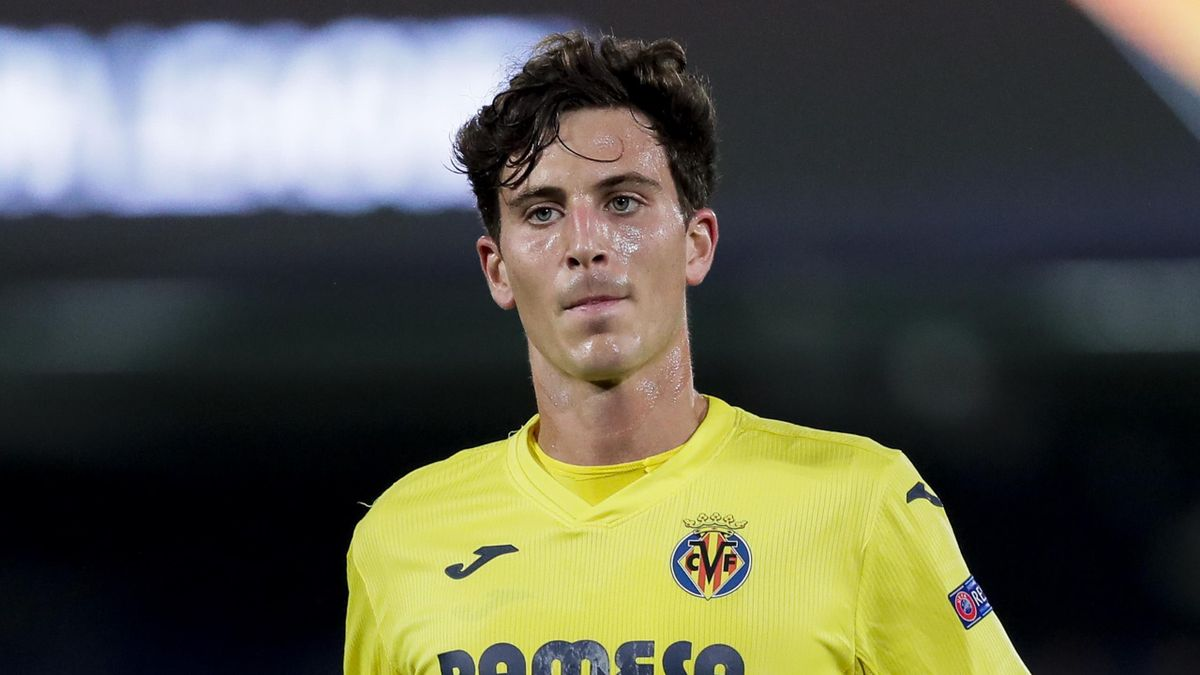Pau Torres of Villarreal during the UEFA Europa League match between Villarreal v Salzburg at the Estadio de la Ceramica on February 25, 2021 in Castellon Spain