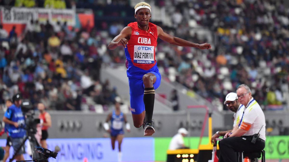 L'athlète cubain Jordan Diaz, qui a quitté ses coéquipiers en marge d'un meeting en Europe, est exclu de la sélection olympique qui ira aux Jeux de Tokyo