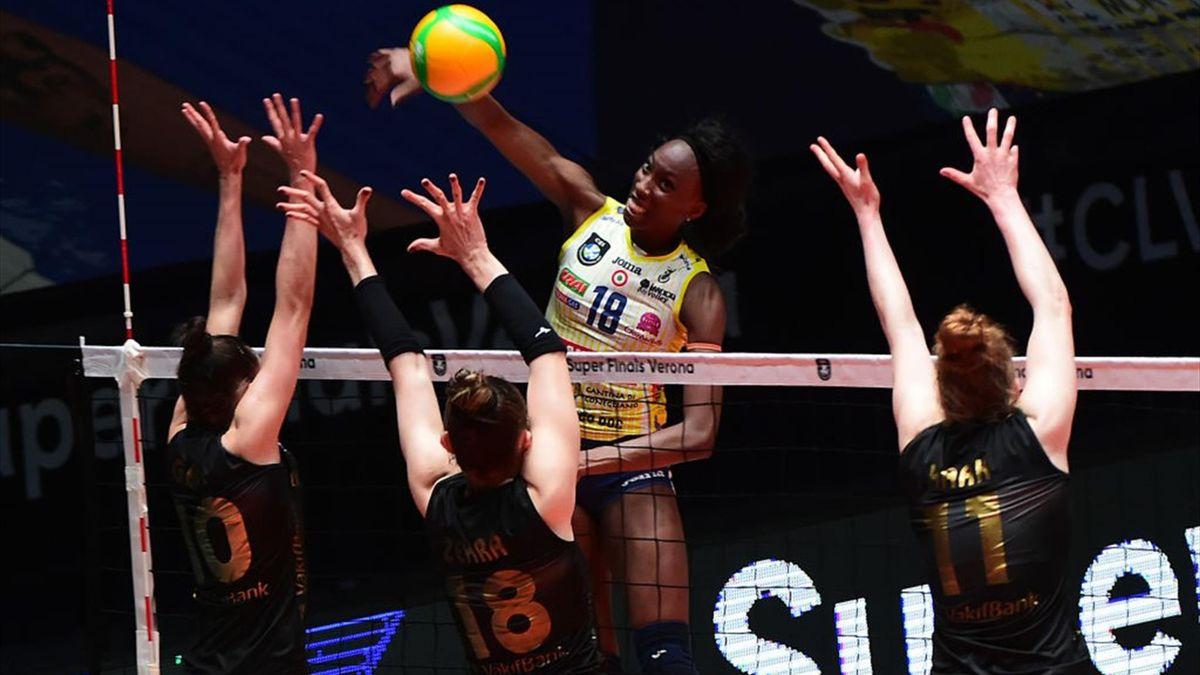 Paola Egonu in finale di Champions