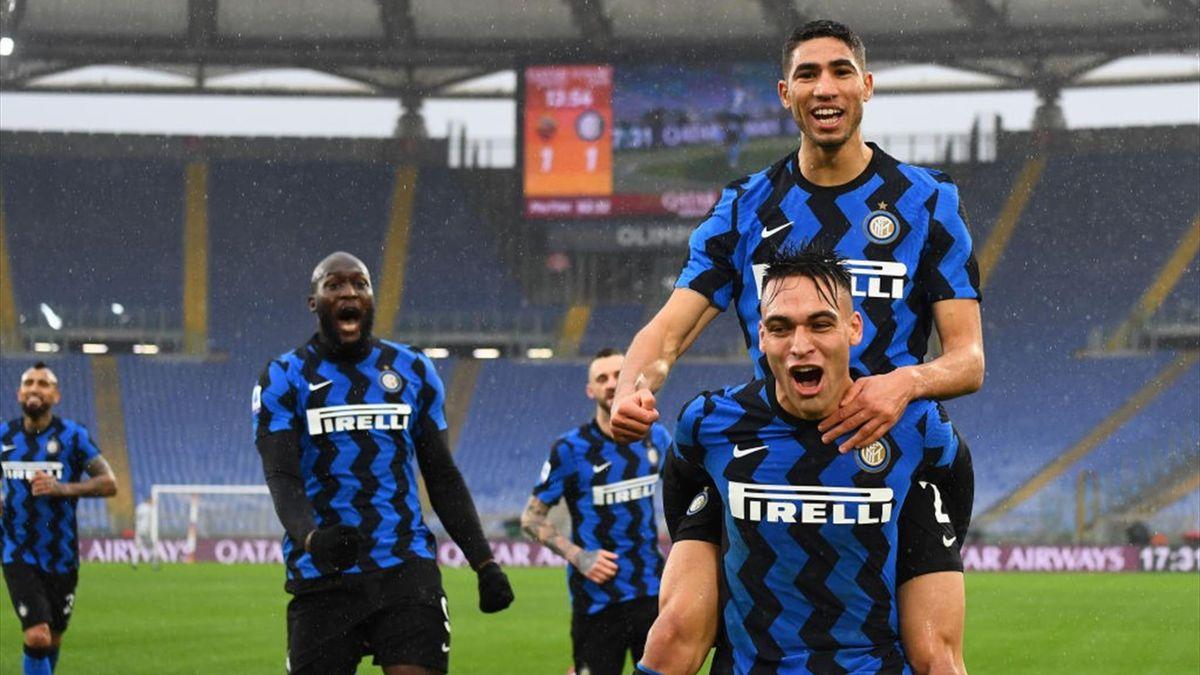 L'esultanza dell'Inter dopo il gol di Hakimi