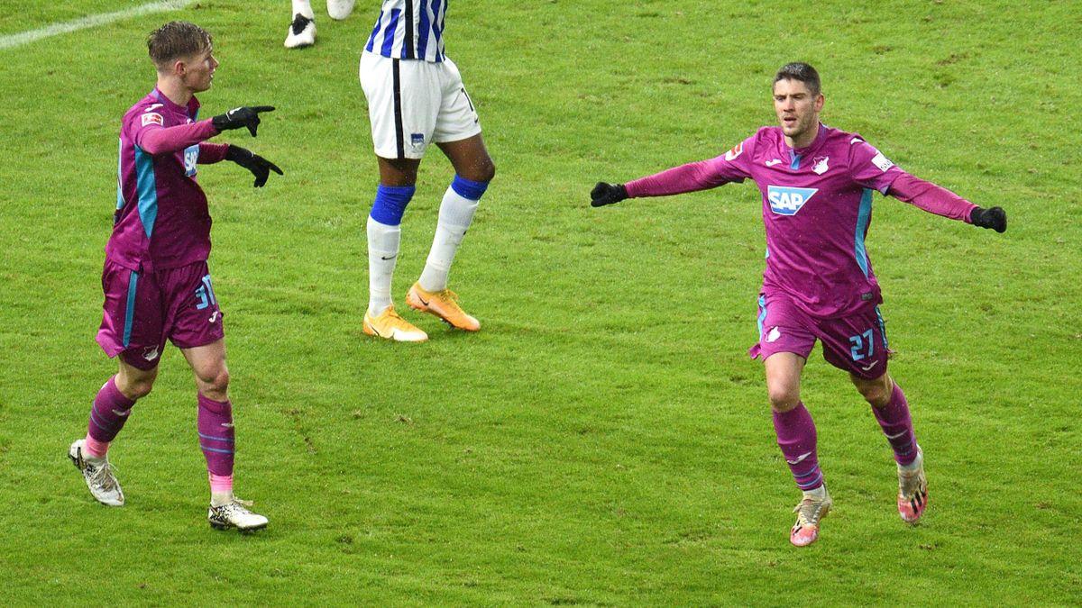 Hoffenheim: Doppeltorschütze Kramaric (re.) jubelt